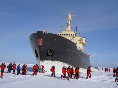 Lapland icebreaker cruise in Kemi