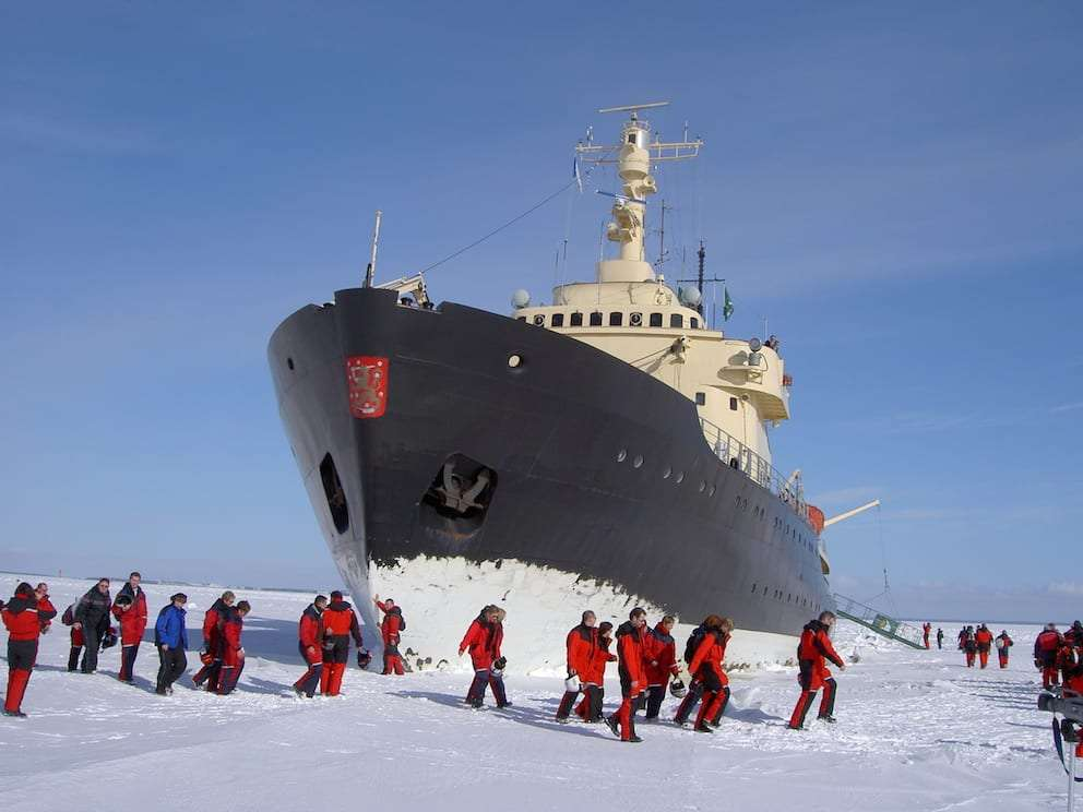 Icebreaker Cruise and Snowcastle Visit i the Bothnia Gulf
