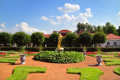 Tours to Peterhof with guide