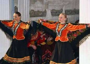 Russian folklore dance with vodka and caviar in St Petersburg