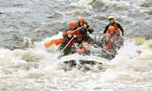 Riverboat cruise on the tracks of timber rafting