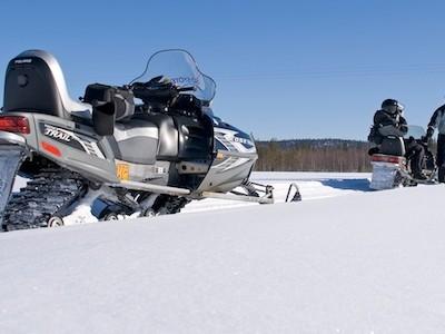 Snowmobile safari in Iso-Syote