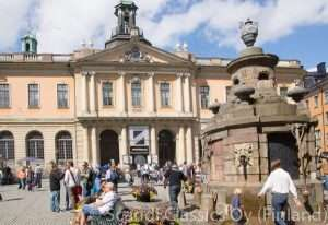 Walking guided tour of Stockholm